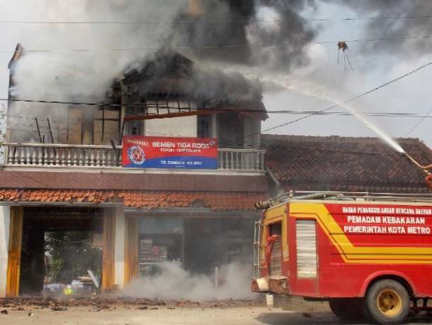 Titik Kebakaran Banyak Ditemukan di Perkebunan Tebu Lampung