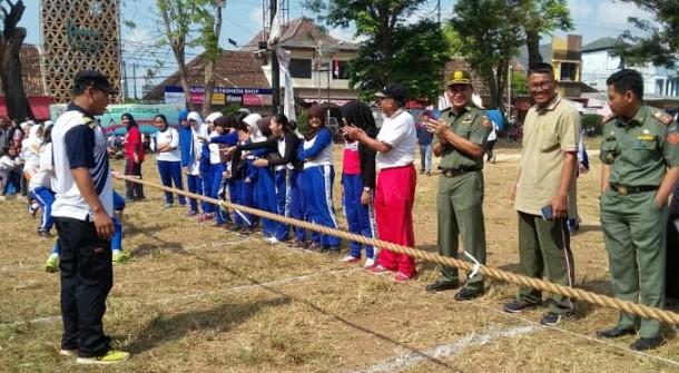 Dispora Bandar Lampung Gelar Kompetisi Olahraga Tradisional di Enggal