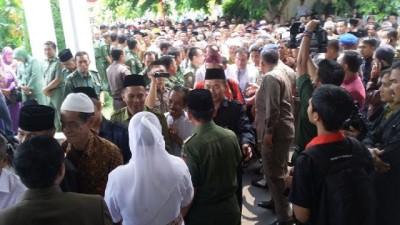 Acara perpisahan Herman HN di halaman Kantor Walikota Bandar Lampung, Senin, 14/9/2015 | Nizar/jejamo.com