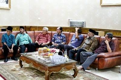 Wagub Lampung gelar temu kangen dengan pejabat Lampung Barat | Widya/jejamo.com