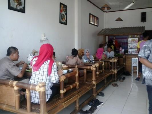 Rumah Makan Bebek Belur Bandar Lampung Usung Konsep Kesederhanaan dan Kekeluargaan |  Desi Ilham Sianturi/wartawan jejamo.com