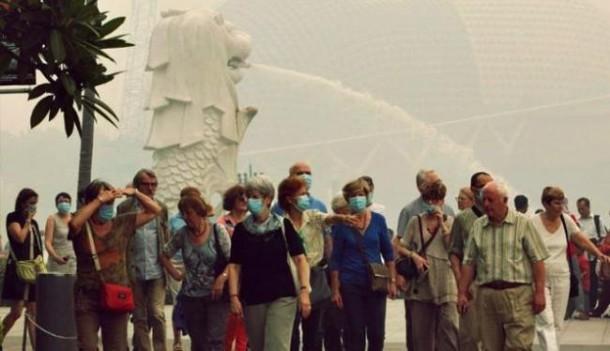 Indonesia Resmi Terima Bantuan Singapura untuk Atasi Kabut Asap