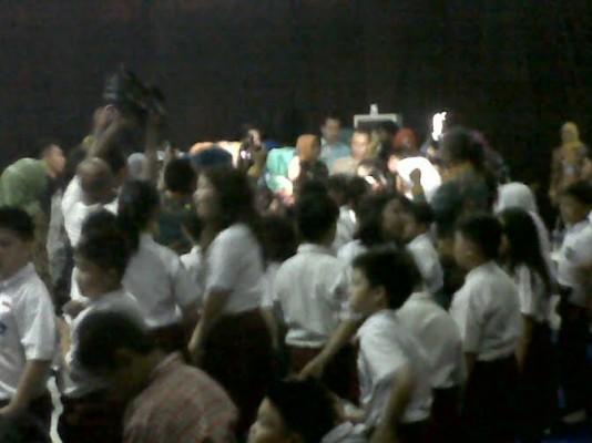Aprilani Yustin Resmikan Bioskop Sanak Lampung