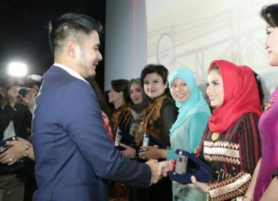 Aprilani Yustin dapat penghargaan 70 Perempuan Inspiratif Indonesia | MRF