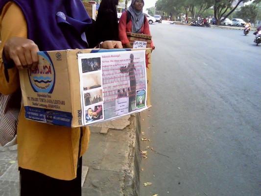 Siswa dan Guru SDIT Fitrah Insani Bandar Lampung Salat Minta Hujan
