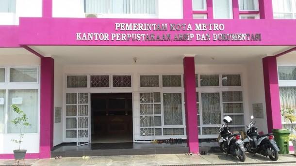 Kantor Perpustakaan dan Arsip dan Dokumentasi Daerah Kota Metro yang beralamat di Jalan Ade Irma Suryani Nasution, Nomor 8 | Nizar/jejamo.com