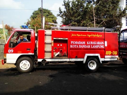 BPBD Bandar Lampung Hanya Miliki 11 Mobil Damkar