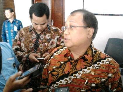 Wakil Ketua Dewan Komisaris OJK Rahmat Waluyanto | Sugiono/jejamo.com