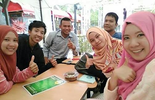 Para Tenagakerja Berebut Nomor Antrean di Kantor BPJS Bandar Lampung