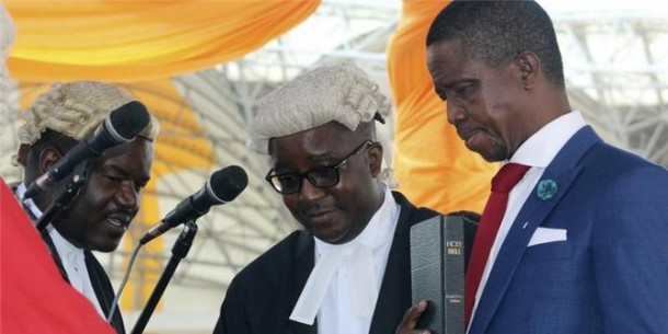 Presiden Zambia Edgar Lungu (kanan) | ist