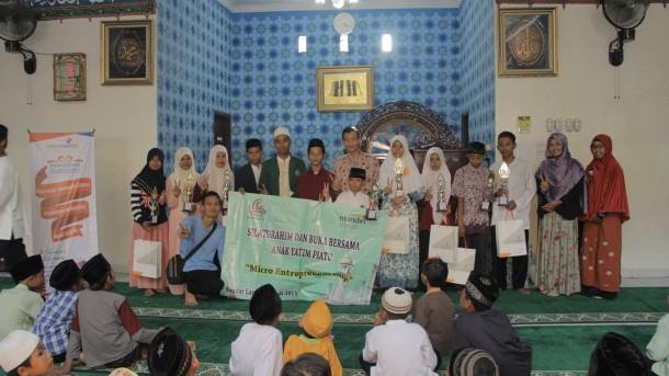 Salah satu kegiatan Lembaga Amil Zakat Yatim Mandiri Lampung. | Ist