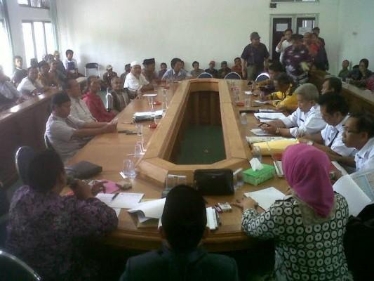 Razia Kos, Petugas Polsekta Telukbetung Selatan Bandar Lampung Sita Sabu