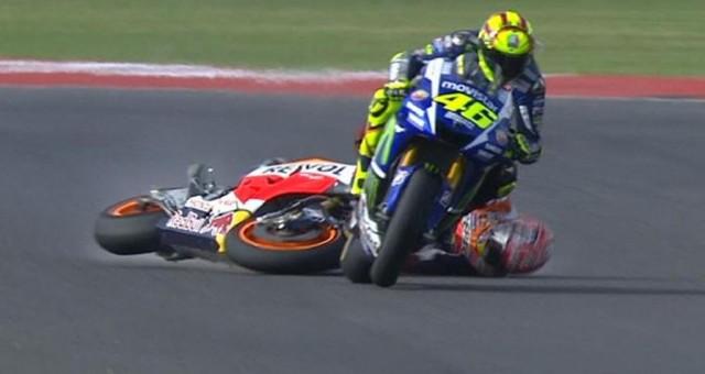 Drama Rossi vs Marquez Buat Ribuan Orang Ingin Nonton MotoGP Valencia