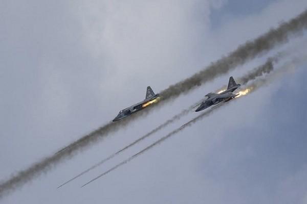 Serangan Udara Rusia Hancurkan Gudang Senjata Milik Milisi Dukungan AS di Suriah