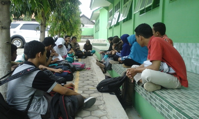 UKM Penelitian Unila Latih Siswa SMAN 13 Bandar Lampung