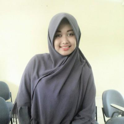 Dina Nur Atika, Ustazah Cantik IAIN Raden Intan Lampung