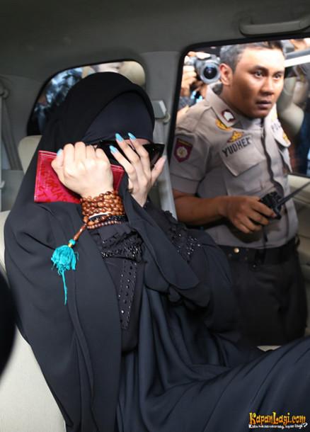 Eva Dwiana Silaturahmi dengan Warga Kedaton Bandar Lampung