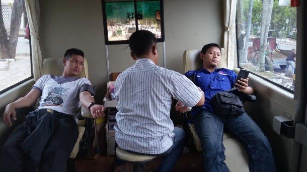 Mobil Donor Darah PMI Metro Ada Di Masjid Taqwa