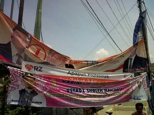 APK peserta Pilkada Bandar Lampung rusak | Andi/jejamo.com