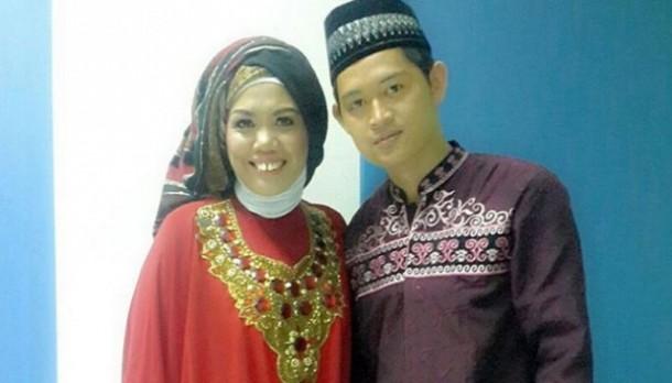 Bertengkar Menjelang Pernikahan, Elly Sugigi Sumpahi Calon Suami Mandul