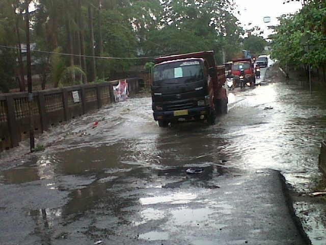 Warga Way Galih Lampung Selatan dan WALHI Datangi Kantor BLHD