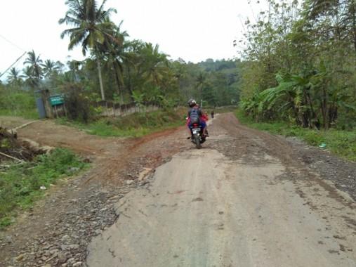 Jalan Rusak di Lampung