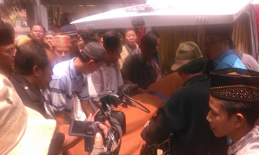 Para Cabup Lampung Timur Melayat ke Kediaman Prio Budi Utomo