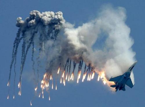 1.400 Ton Bom dan 101 Misil Rusia Hancurkan 826 Fasilitas ISIS