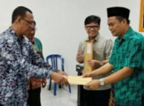 KPU Lampung Timur umumkan kekayaan calon kepala daerah Lampung Timur, Jumat 27/11/2015. | Winar/Jejamo.com
