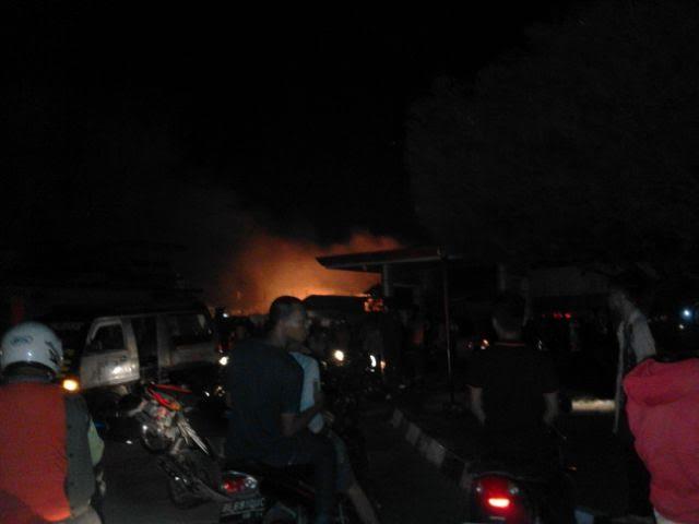 Kebakaran gudang mebel Sukarame | Jejamo.com