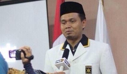 Ketua Dewan Pimpinan Wilayah (DPW) Partai Keadilan Sejahtera (PKS) Provinsi Lampung Mufti Salim | PKS Lampung