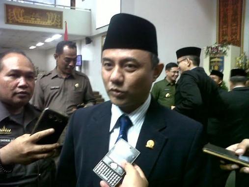Murdiansyah Mulkan Janji Perjuangkan Perbaikan Jalan di Lampung