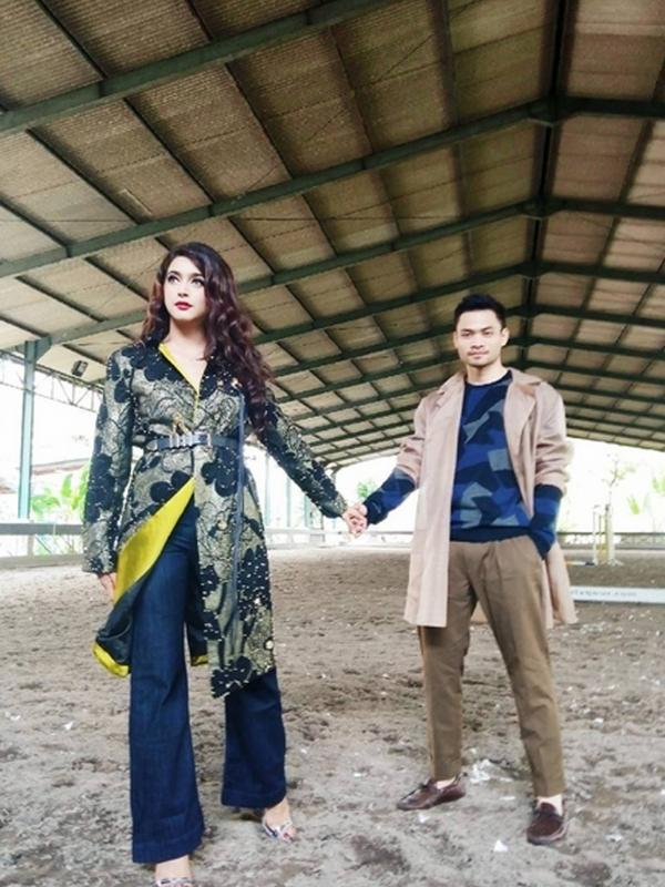 Foto Pre-Wedding Nabila Syakieb dan Reshwara Argya Radinal