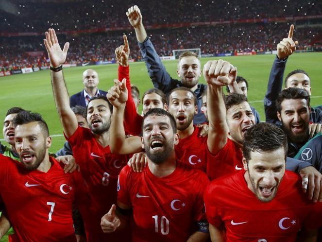 Rusia Cekal Pemain Turki