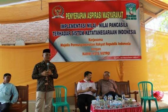 Baznas Lampung Beri Bantuan Beasiswa