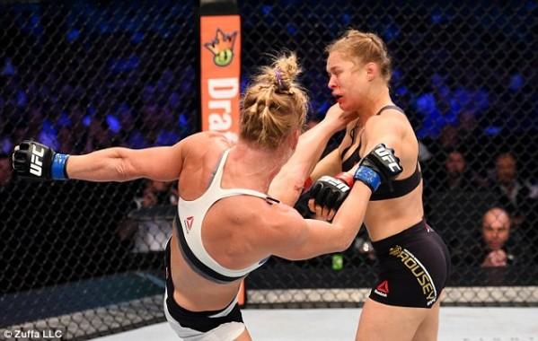 Usai Kalah, Ronda Rousey MMA malah Dituding Pakai Steroid