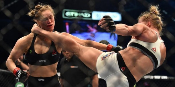 Ratu Tarung Bebas UFC Ronda Rousey Akhirnya Tumbang