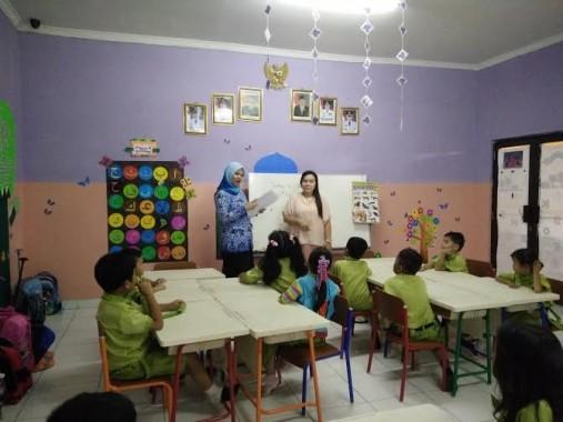 Peringati Hari Guru Nasional, Sekolah Global Surya Undang Orang Tua Mengajar