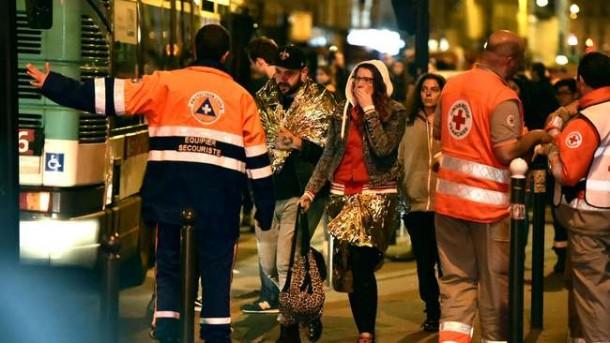 Situasi pascaserangan bersenjata dan teror bom di Paris, Prancis, Jumat malam waktu setempat, 13/11/2015. | Getty Images