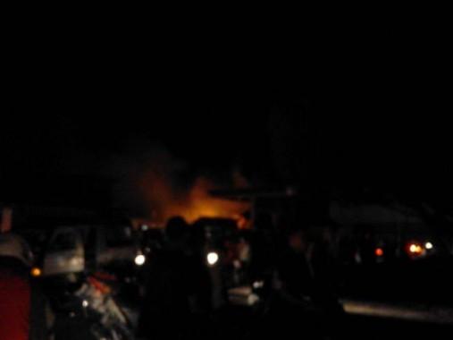 Breaking News: Tujuh Branwir Padamkan Kebakaran Toko Istana Sukarame Bandar Lampung