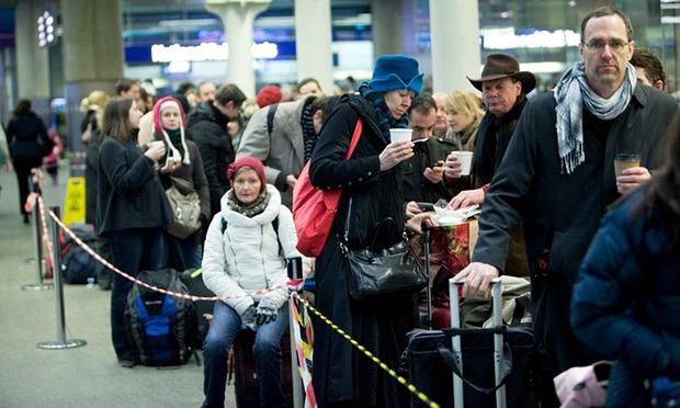 Wisatawan Eropa akan Menghadapi Pemeriksaan Ekstra Ketat di Perbatasan Prancis