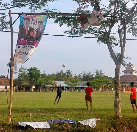 Jokowi: Percuma Bupati dan Gubernur Kerja Sampai Malam Bila Pengangguran Tinggi