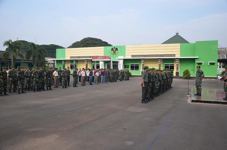 Korem 043/Gatam  melaksanakan  apel siaga tingkat satu dalam rangka latihan kesiapsiagaan pasukan patroli reaksi cepat (PPRC) TNI tahun 2015. | Ist.