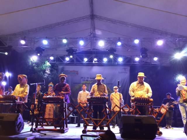 Bupati Pringsewu Buka Festival Bambu Nusantara 9