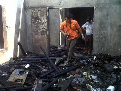 Breaking News: Butuh 5 Unit Damkar untuk Padamkan Api