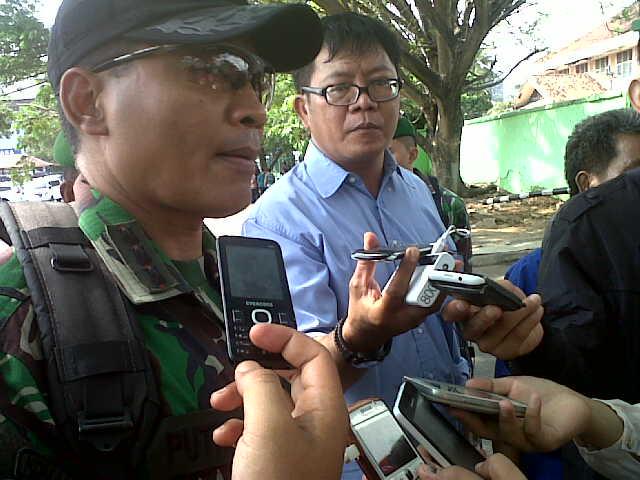 Danrem Korem 043 Gatam, Kolonel Inf Joko Purwo Putranto saat memberikan keterangan kepada awak media terkait kunjungan Presiden Jokowi ke Lampung. | Andi/Jejamo.com