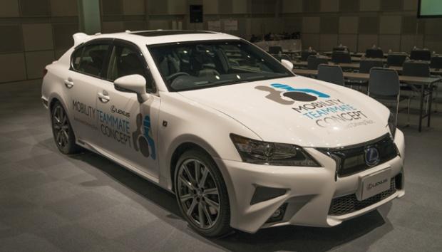 """Inilah Mobil Cerdas dari Toyota, Bisa """"Nyetir Sendiri"""""""