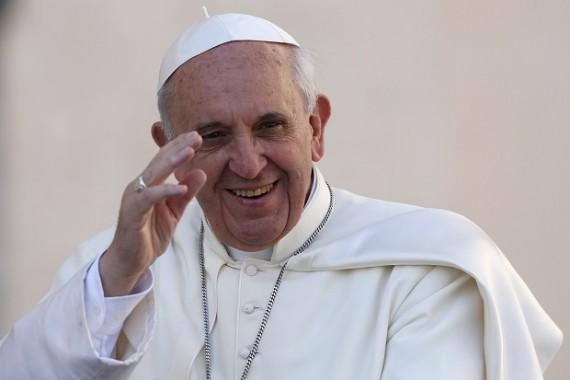 Kecupan Paus Dianggap Sembuhkan Bayi dari Tumor Ganas