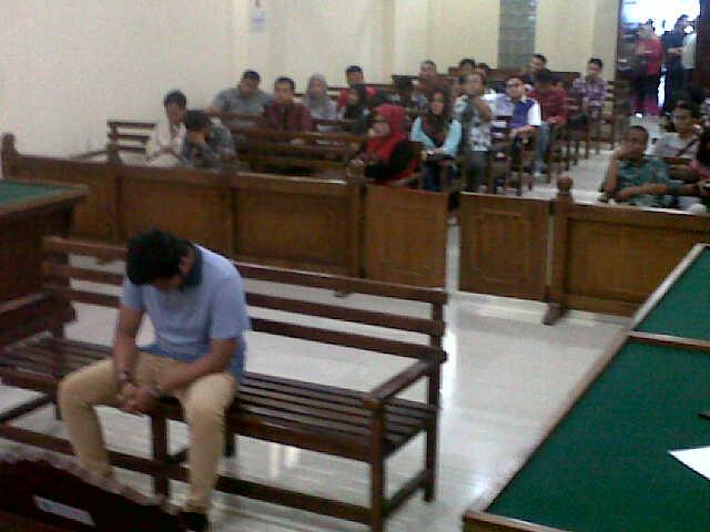 Ketiga Terdakwa Pengambil Peraga Kampanye di Lampung Divonis 1 Bulan Penjara