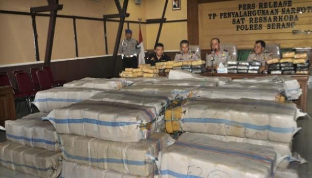 Polres Serang Sita 1,6 ton Ganja Senilai Rp6 Miliar